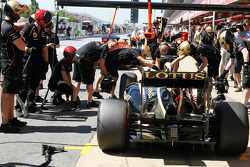 Romain Grosjean, Lotus F1 in the pits