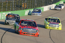 Grant Enfinger, ThorSport Racing Toyota, Matt Crafton, ThorSport Racing Toyota and Josh Reaume, Chevrolet Silverado