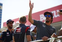 Fernando Alonso, McLaren, Daniel Ricciardo, Red Bull Racing, Kevin Magnussen, Haas F1 Team y Esteban Ocon, Sahara Force India F1 VJM10