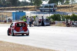 Ümit Erdim kaza yapıyor