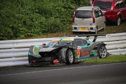 Crashed car of #2 Cars Tokai Dream28 Lotus Evora: Kazuho Takahashi, Hiroki Katoh