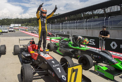 Racewinnaar Max Fewtrell, Tech 1 Racing