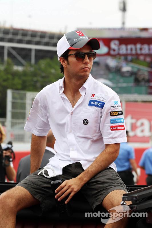 Sergio Pérez, Sauber en el desfile de pilotos