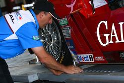 Tech inspection for P2 #99 GAINSCO / Bob Stallings Racing Corvette