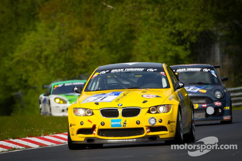 #71 BMW M3 GT4: Henry Walkenhorst, Ralf Oeverhaus