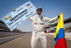 Pole winner Gustavo  Yacaman, Team Moore Racing celebrates