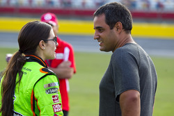 Danica Patrick, Stewart-Haas Racing Chevrolet; Juan Pablo Montoya, Earnhardt Ganassi Racing Chevrolet