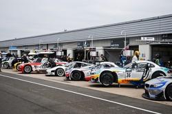 #36 DB Motorsport BMW Z4 GT3: Jeroen Den Boer, Stephane Lemeret, Jeffrey van Hooydonck
