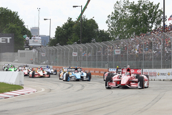 Scott Dixon, Target Chip Ganassi Honda and Will Power, Team Penske Chevrolet SimonPagenaud, Schmidt-Hamilton Motorsports