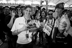 Massive fan attention for Cyndie Allemann