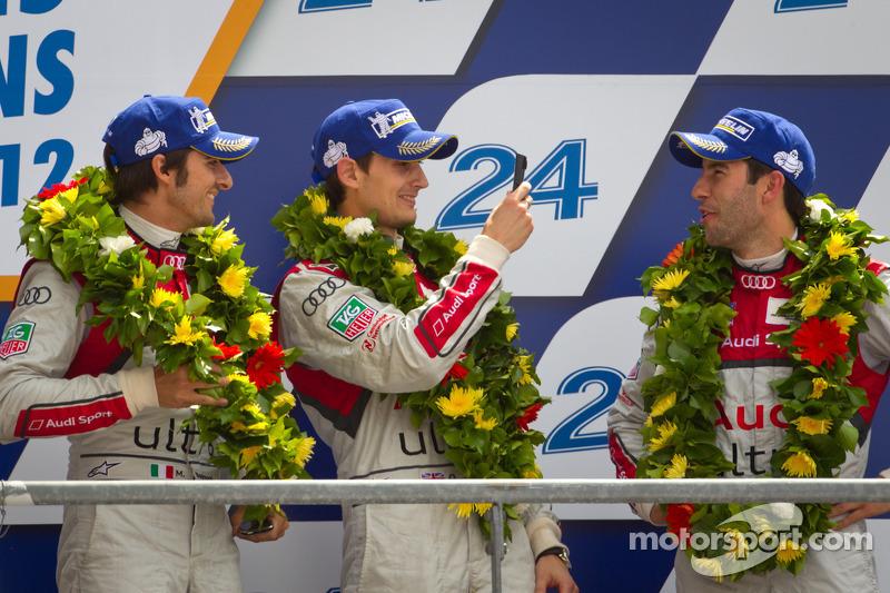 LMP1 podium: third place Oliver Jarvis, Marco Bonanomi, Mike Rockenfeller