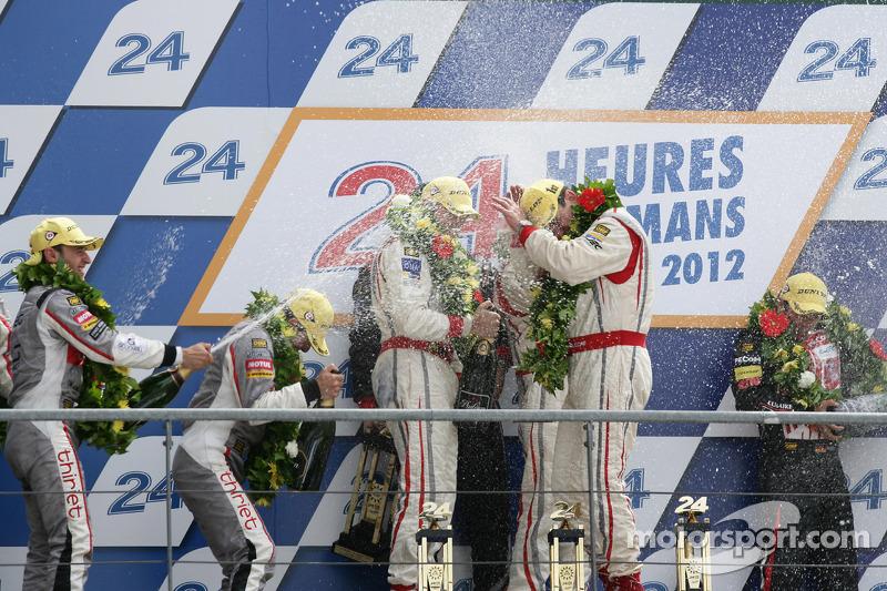 LMP2 podium: winnaars in klasse Enzo Potolicchio, Ryan Dalziel, Tom Kimber-Smith