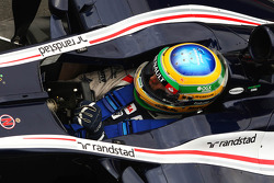 Bruno Senna, Williams wears a star on his helmet for Maria De Villota, Marussia F1 Team Test Driver
