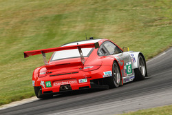 #45 Flying Lizard Motorsports eSillicon Osmo Nutrition Porsche 911 GT3 RSR: Jörg Bergmeister, Patrick Long