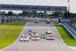 Start: #24 Oak Racing Morgan Judd: Jacques Nicolet, Matthieu Lahaye