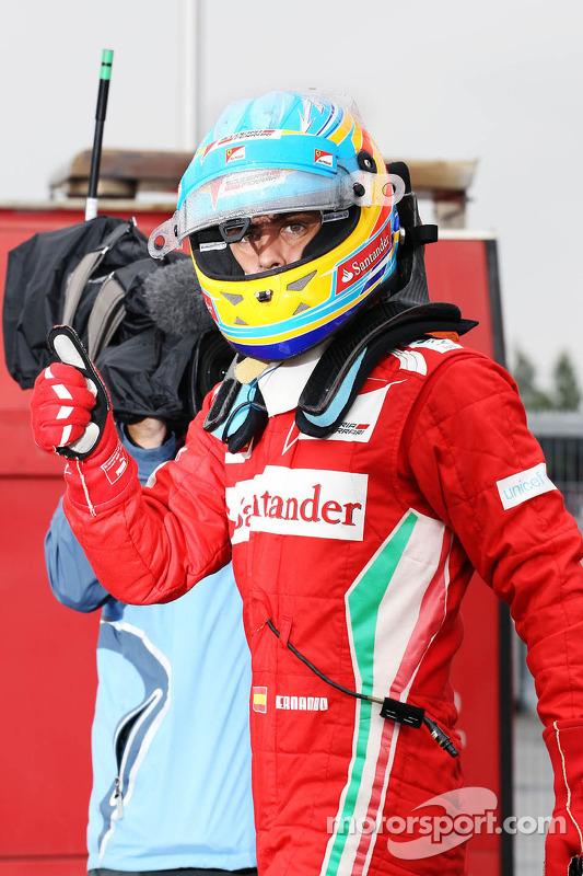 Fernando Alonso, Ferrari celebra pole position no parc ferme