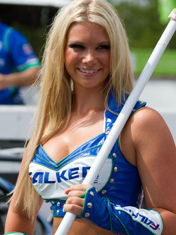 Team Falken Tire flag girl