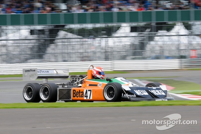 Grand Prix Masters F1 actie - March 2-4-0