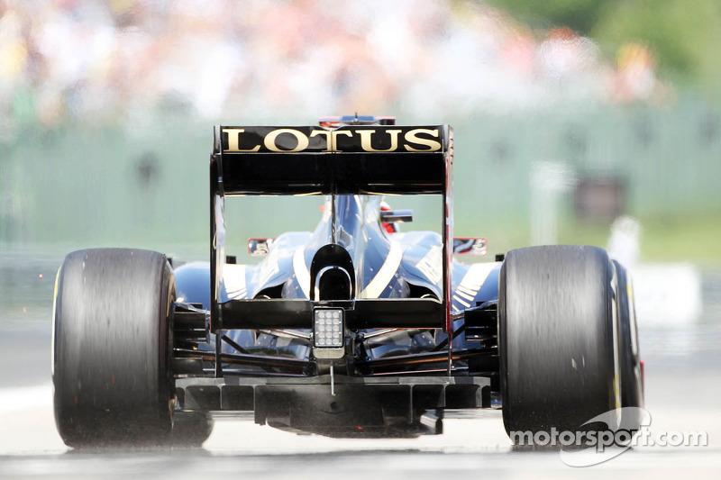 Kimi Raikkonen, Lotus F1 verlaat de pits