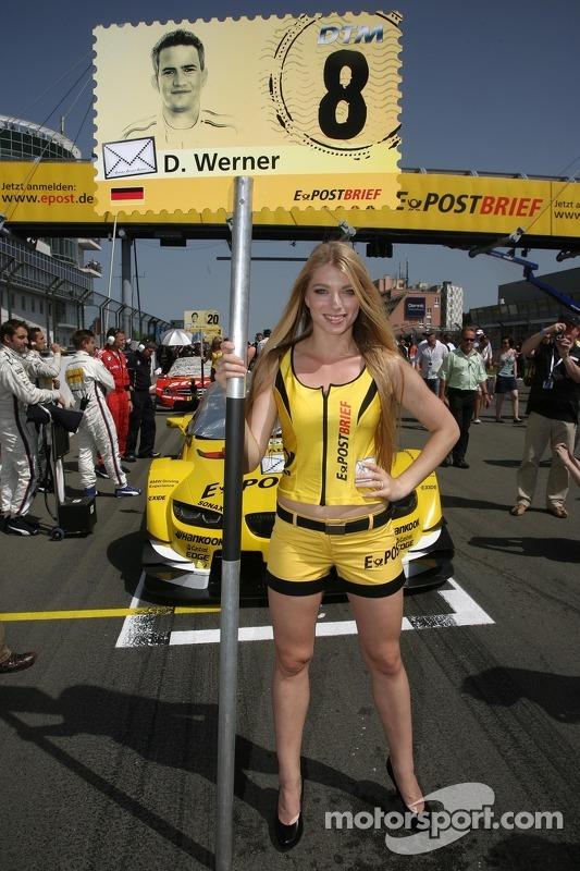 Gridgirl für Dirk Werner, BMW Team Schnitzer, BMW M3 DTM