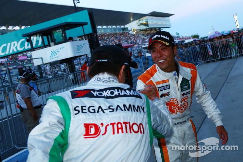 GT300 winnaar Kazuki Hoshino