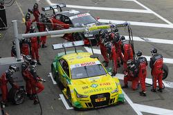 Mike Rockenfeller, Audi Sport Team Phoenix Racing Audi A5 DTM, Edoardo Mortara, Audi Sport Team Rosberg Audi A5