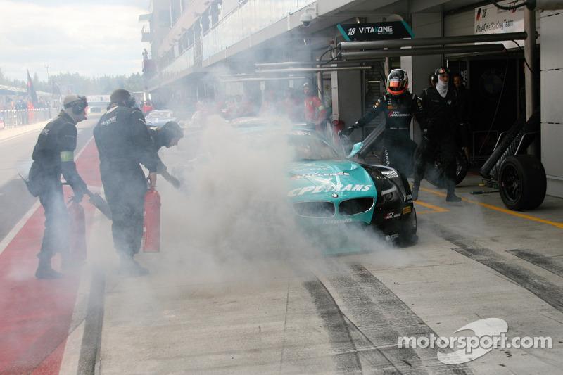 #18 BMW Team Vita4one BMW Z4 GT3: Michael Bartels, Yelmer Buurman on fire