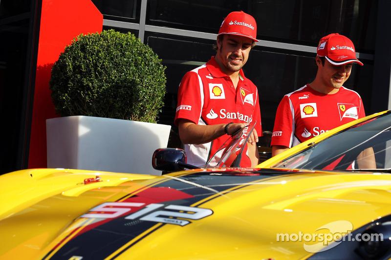 Fernando Alonso, Ferrari and Felipe Massa, Ferrari with the Ferrari 512