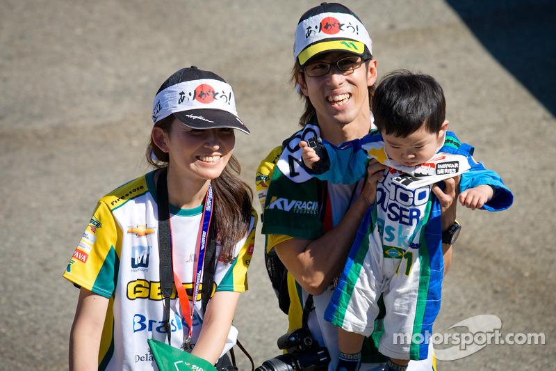 Japanse fans van Tony Kanaan, KV Racing Technology Chevrolet