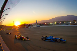 Josef Newgarden, Sarah Fisher Hartman Racing Honda, Sebastian Saavedra, AFS Racing/Andretti Autosport Chevrolet