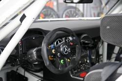 Mercedes SLS cockpit