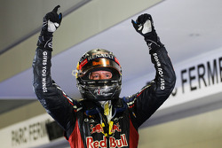 Race winner Sebastian Vettel, Red Bull Racing celebrates