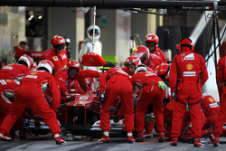 Felipe Massa, Ferrari makes a pit stop