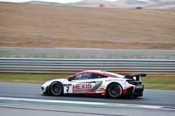 #7 Hexis Racing McLaren MP4-12C: Stef Dusseldorp, Alvaro Parente, Frederic Makowiecki