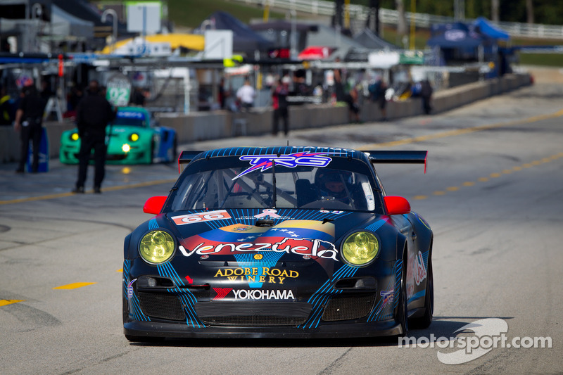 #66 TRG Porsche 911 GT3 Cup: Spencer Pumpelly, Emilio Di Guida, Nelson Canache