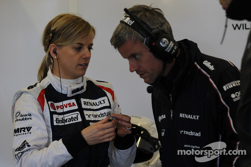Susie Wolff drives the Williams FW33