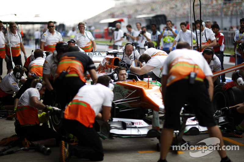 Sahara Force India F1 VJM05 oefening pitstops