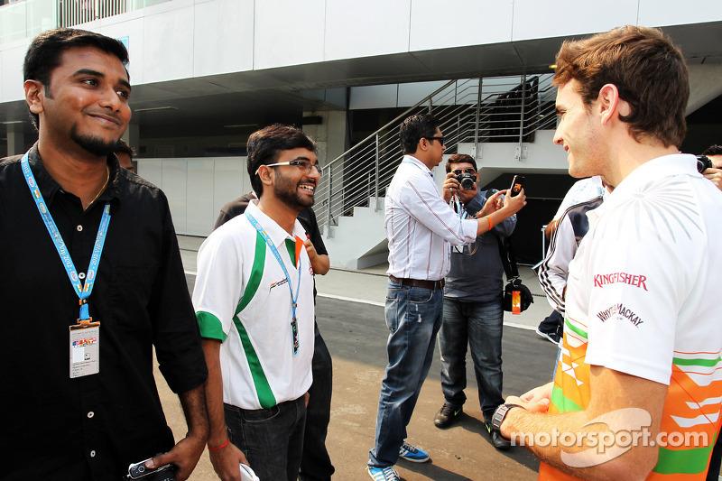 Jules Bianchi, Sahara Force India F1 Team derde rijder met fans