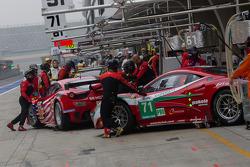 AF Corse Ferrari 458 italia going into the garage during practice #3