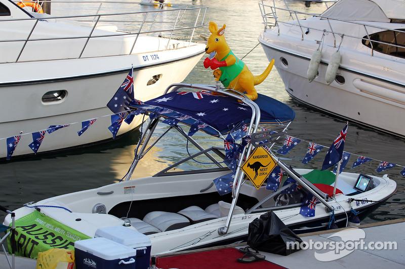 Australian themed boat in the Marina