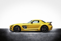 Mercedes SLS AMG Black Edition, особое событие.