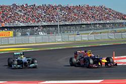 Mark Webber, Red Bull Racing and Nico Rosberg, Mercedes AMG F1
