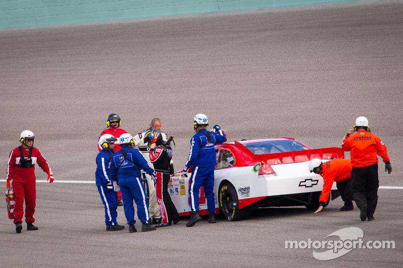Regan Smith, Phoenix Racing Chevrolet stopped on track
