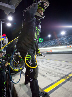 Kyle Busch Motorsports Toyota team ready for a pit stop