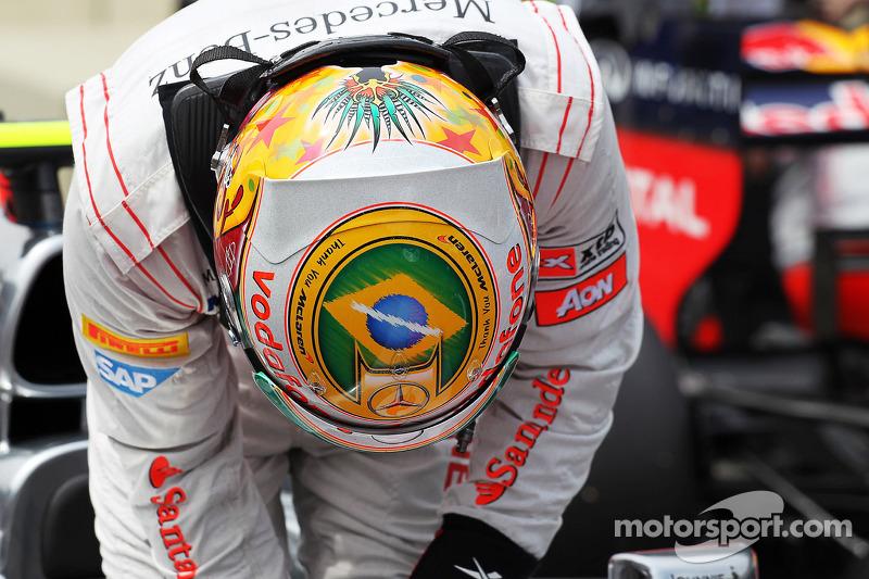 Tras lograr la pole en Brasil 2012 con casco especial