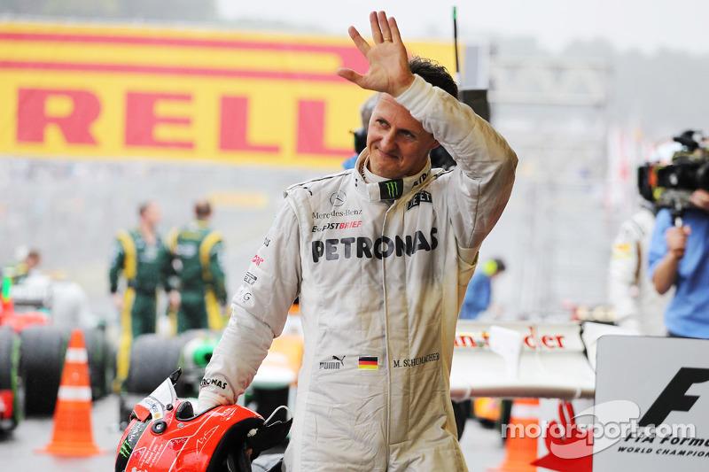 Michael Schumacher, Mercedes AMG F1, verabschiedet sich im Parc Fermé