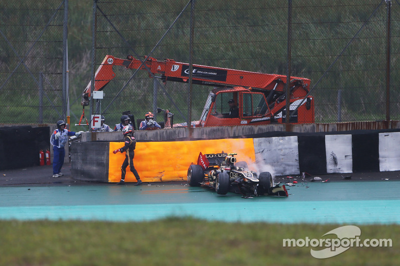 Romain Grosjean, Lotus F1 crash