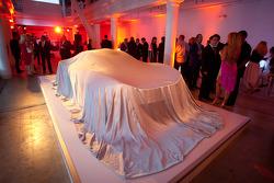 McLaren P1 under veil