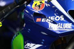 Valentino Rossi'nin motosikletindeki grenaj, Yamaha Factory Racing