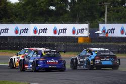 Gianni Morbidelli, West Coast Racing, Volkswagen Golf GTi TCR, Frédéric Vervisch, Comtoyou Racing, Audi RS3 LMS